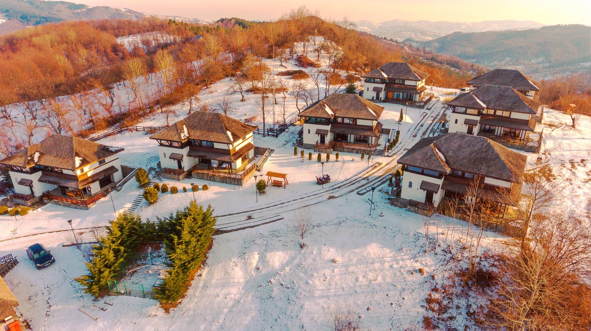 SatulPrunilor_Iarna_Exterior_006