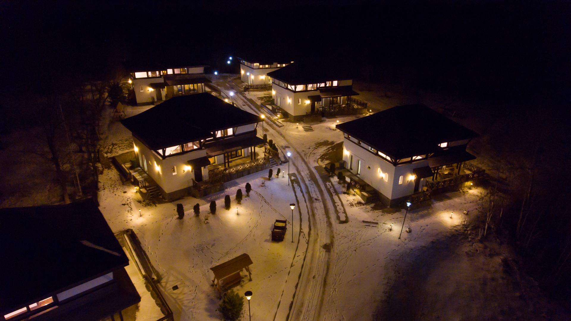 SatulPrunilor_Iarna_Exterior_007