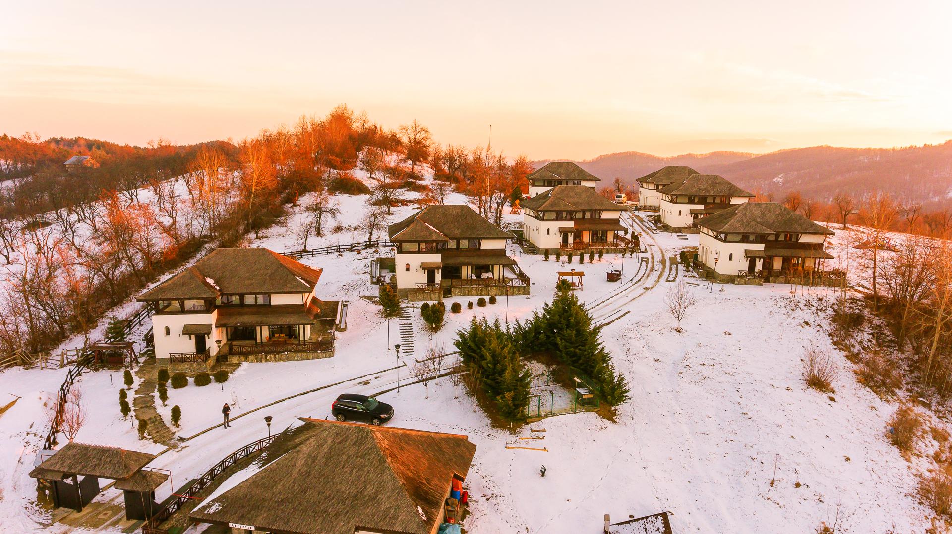 SatulPrunilor_Iarna_Exterior_013