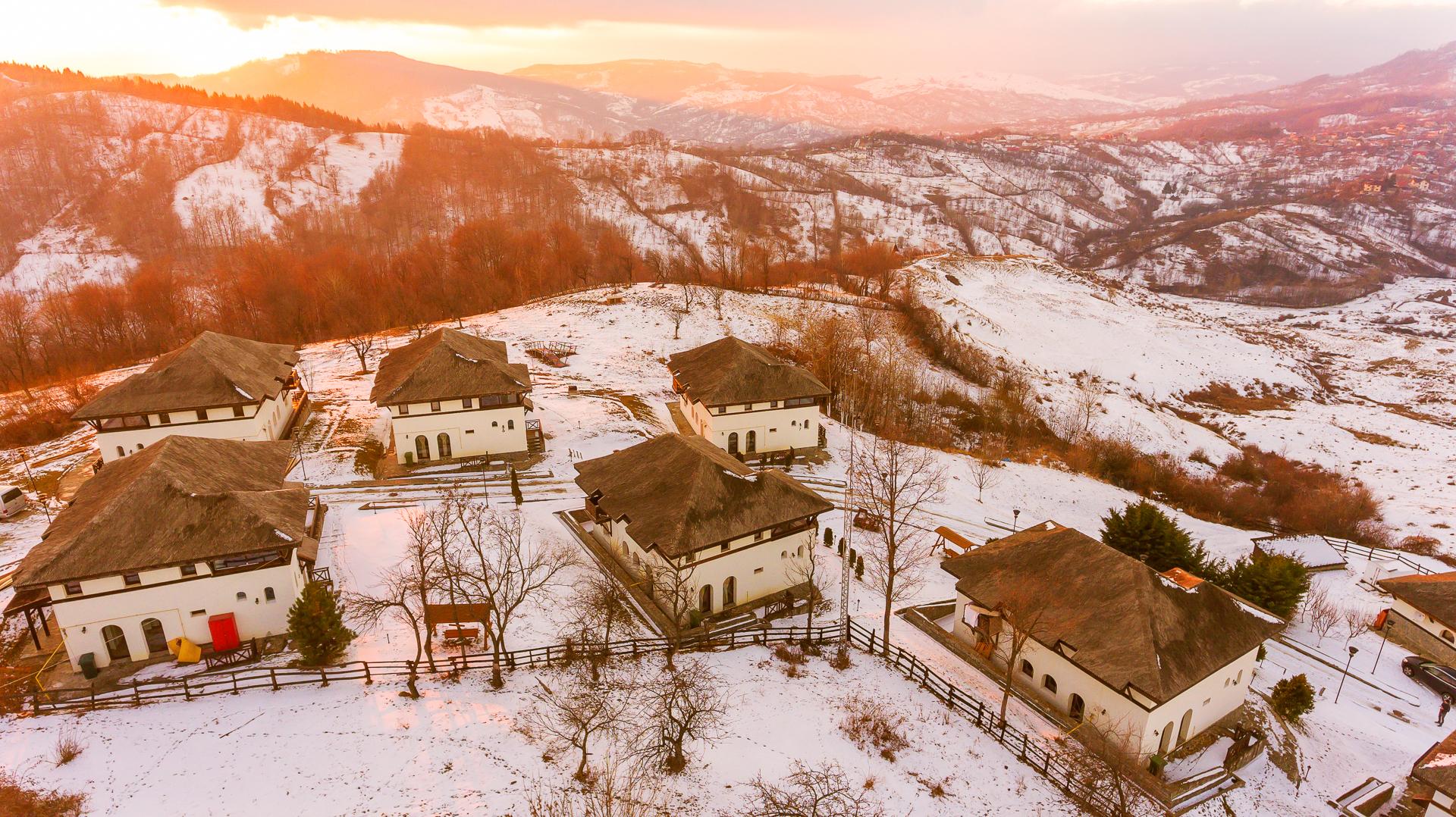 SatulPrunilor_Iarna_Exterior_015