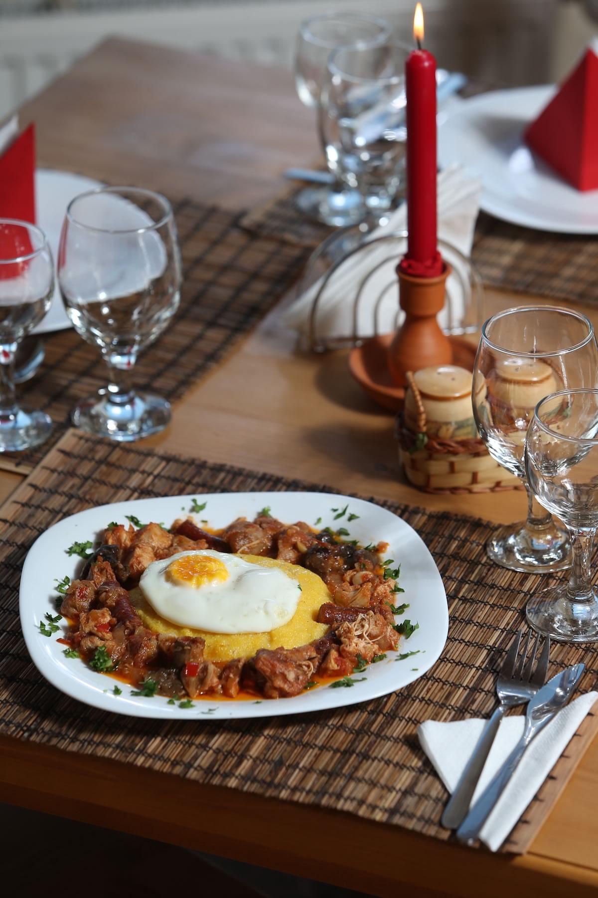 SatulPrunilor_PietrositaDambovita_Restaurant_03