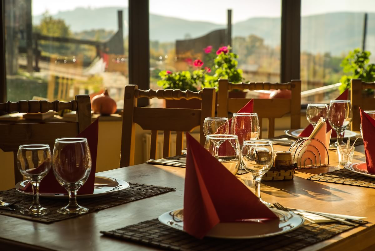 SatulPrunilor_PietrositaDambovita_Restaurant_11